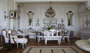 Gustavian Furniture Style1